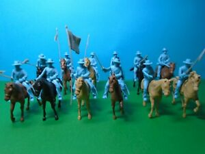 CTS 1/32 scale Alamo Mexican Round Hat Cavalry x12 (light blue)