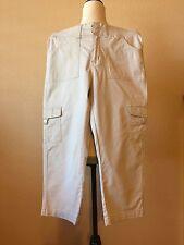Lee Easy Fit Stretch Cargo Capri Beige Tan Size 6 NWOT