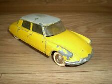 Dinky toys 24C Citroen DS 19 d'origine Made in France Meccano