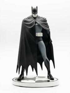 DC Collectibles Batman Black & White Batman by David Mazzucchelli 2nd Ed Statue