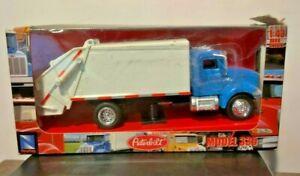 New-Ray Toys Diecast Peterbilt 335 Garbage Truck 1:43 NEW