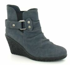 Women's Wedge Slip On Boots