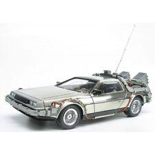 Polar Lights 1:25 Scale Back To the Future Time Machine Delorean Model Kit