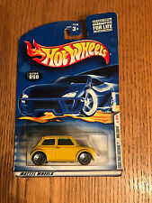 "2000 HW First Editions Series Yellow"" Mini Cooper Metal base,Gray Int Iw"