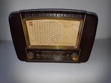 Philips BX 233 U-22 bakelite radio 1953-1954