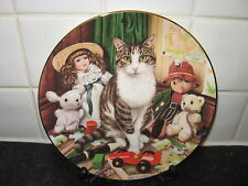 CAT OF CHARACTER    PLATE -  THE NURSERY  CAT    -  ROYAL DOULTON