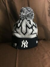 New York Yankees Beanie Hat New Era Fitted NY logo Glow Knit Cap Mens