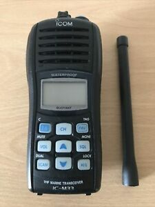 Icom IC-M33 Handheld Marine VHF Transceiver. Excellent Condition.