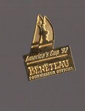 Pin's bateau /  bénéteau - Sponsor officiel de l'America's cup 92
