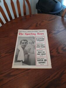 AUGUST 26,1967-THE SPORTING NEWS-MIKE McCORMICK OF THE SAN FRANCISCO GIANTS