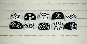 Bundle of 10 BLACK & WHITE Chunky LUCITE RINGS F