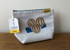 L'OCCITANE - WHITE COSMETIC BAG MAKE UP GIFT BAG TOILETRY TRAVEL POUCH - BNWT