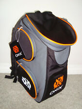 NEW~ ONIX  PICKBALL BACKPACK  ONIX LOGO LARGE  HOLD ALL YOUR GEAR IN ONE BAG