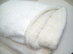"""Pottery Barn Off White Ivory Braided Ribbed Sherpa Back Throw Blanket 50"""" X 60"""""""