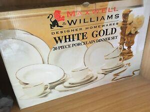 Maxwell Williams complete 20 piece set White Gold EUC