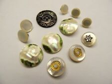 Ensemble de 12 boutons anciens en nacre, collection, mercerie couture buttons