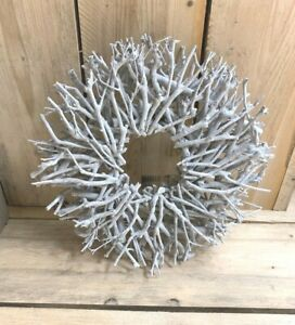 Natural Wood Rustic Style Twig Wreath  -Round - Wall Hanging -  44cm - White