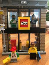 LEGO CITY - Lego Retail Store Split From 60097 Lego City Square