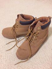 Men's Fila Work/Snow Shoes Size 8 1/2 Beige Color