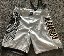 Tapout Ufc The Ultimate Fighter Silver & Black Men's Mma Shorts Board Shorts 34