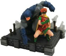 Dc Gallery Dark Knight Returns Batman & Carrie Fig - Diamond Select (Toy New)