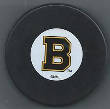 Boston Bruins  -  Souvenir Hockey Puck - Shipped in a square puck holder