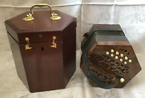 Unusual German Anglo Concertina with Moveable Banks of Reeds