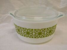 Vintage Pyrex Verde Square Flowers Covered Casserole #473 One Quart Beautiful