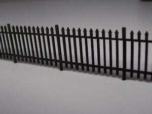 5ft wrought iron fencing (1.5 metres) OO scale 1:76 model railway railings fence