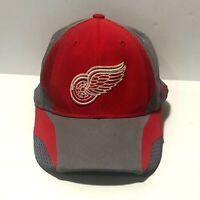 Reebok NHL Detroit Red Wings Red/Gray Baseball Hat Cap S/M