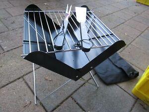 Campinggrill Klappgrill Reisegrill mit Tasche + Grillbesteck NEU 30 x 30 cm
