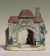 David Winter Cottage - 2000 David's Gate (Ltd Edition No.378)