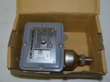 SMC IS2761-1103L9 Pressure Switch new