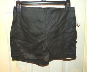 "Charlotte Russe Black Short Shorts New NWT Size M Medium 2""  inseam"