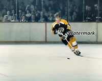 NHL Boston Bruins Bobby Orr on the Move Game Action Color 8 X 10 Photo Picture