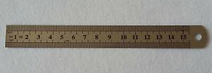15 cm Stahl-Lineal, Mess-Scala beidseitig, eine Seite cm, andere Seite Inch
