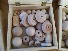Kit de fabricación de juguete de madera para los ingenieros jóvenes (ruedas de madera, bolas, barriles)