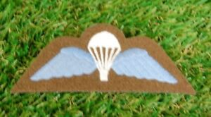 British Army / Airborne Parachute / PARA Wings MOD Issue in Khaki/White/Blue