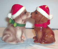 Attractives Magnetic Kissing Holiday Puppies Salt and Pepper Shakers New in Box