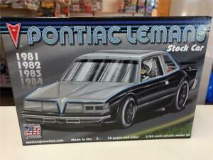Salvinos JR Models Pontiac Lemans Stock Car model kit