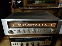 Kenwood AM-FM Stereo Receiver Model KR-4070 For Parts Or Repair Powers Up