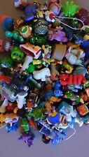 100 Figurines Kinder Surprise