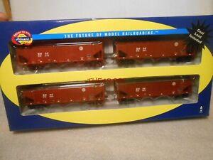 Athearn BNSF 40' 3 Bay Hopper Cars 4 car Set With Coal Loads in Box HO 76443