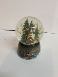 Roman Inc Musical Snowglobe Church Christmas  WHITE CHRISTMAS Snow Globe