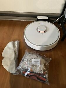 Roborock S5 Robotic Vacuum and MOP Cleaner - With extras