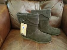 """EMU Australian Brown Leather (Sheep skin) Suede Boots """"Hopetwon"""" Size 6 NWOB"""