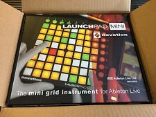 Novation Launchpad Mini MKII Compact Ableton Controller //ARMENS//