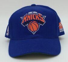 VINTAGE SPORT SPECIALTIES NEW YORK KNICKS PLAIN LOGO SEWN SNAPBACK CAP HAT 90s