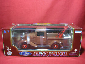 1:18 Ford 1934 Pick Up Wrecker Tow Truck Road Legends Diecast Model GM Wrecking