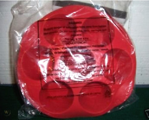 NEW Tupperware Magic Muffin Silicon Baking Form Red NEW